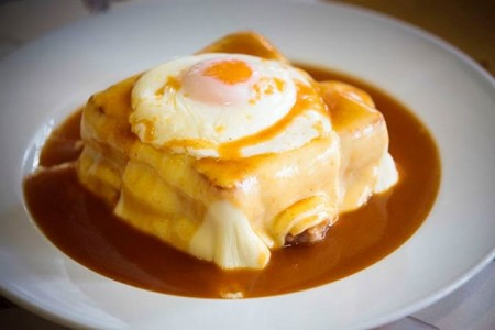 portuguese-food-francesinha