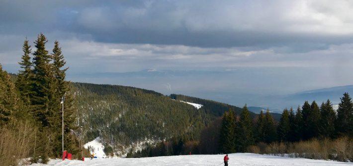 https://www.cocodeewanderlust.com/wp-content/uploads/2019/02/Weekend-Ski-Trip-in-Sofia-slopes.jpg