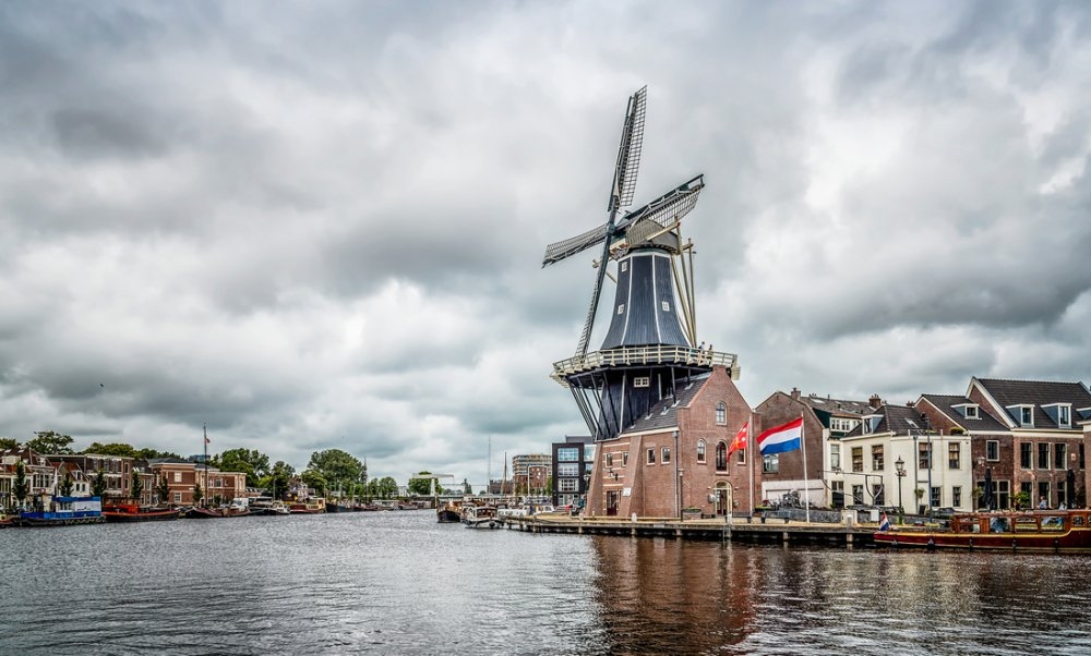5 beautiful small cities in the Netherlands Haarlem