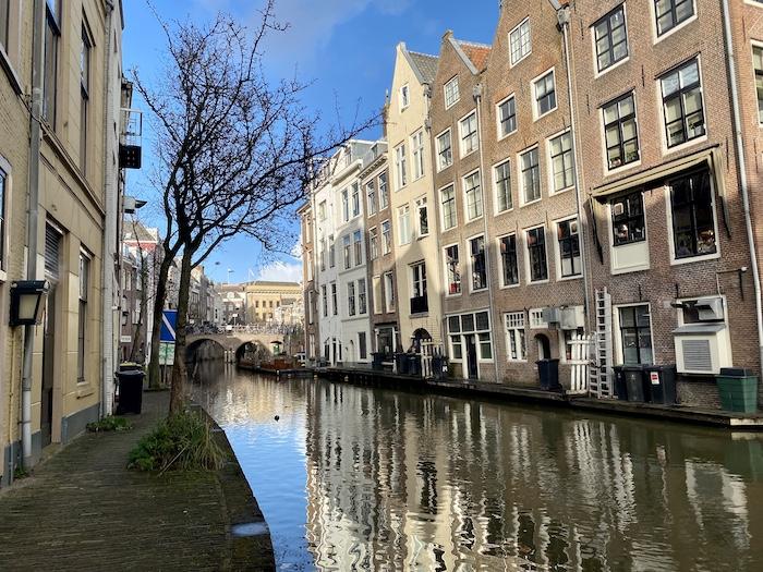 Local city guide Utrecht canal