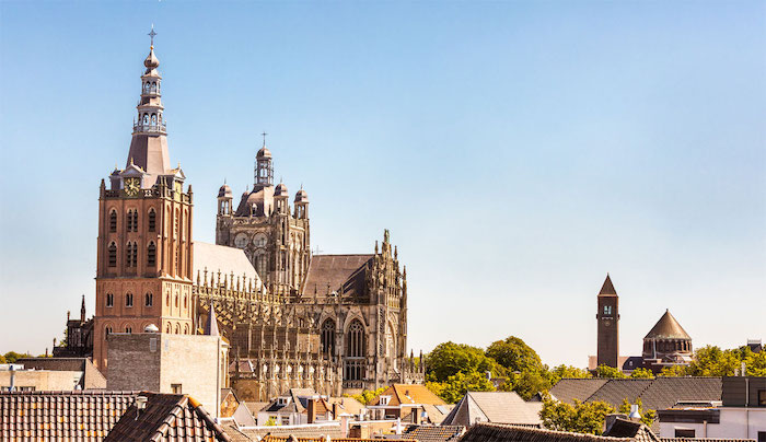 visit 's-Hertogenbosch Sint Jans Cathedral